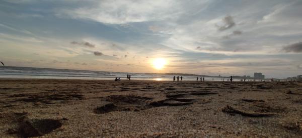 Photo of a Sunset on a Mumbai beach in India